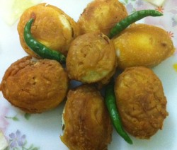 Egg Bajji / Simple Evening Snack Recipe