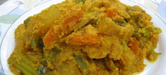 Avial Recipe – Tasty Dish അവിയൽ – Curry Recipe in Malayalam