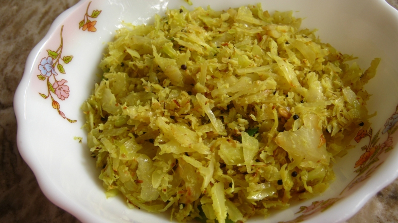 Cabbage Thoran - Easy Cabbage stir fry Kerala recipe