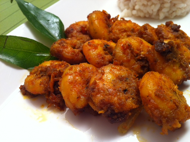 Prawn fry recipe - Chemmeen Porichathu Kerala recipeDineTable.com