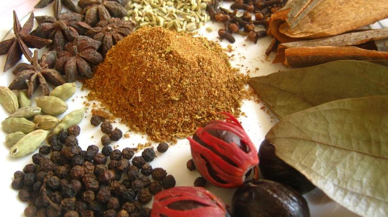 How To Make Garam Masala At Home
