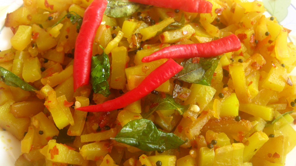 Stir Fried Papaya Recipe Kerala Kappanga Mezhukkupuratti