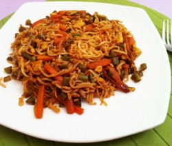 Vegetable Egg Noodles Stir Fry