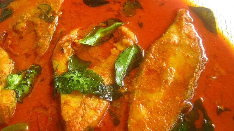 Kerala recipes with photos dinetable indian kerala food pomfret fish curry kerala style avoli meen curry recipe forumfinder Gallery