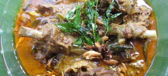 Tharavu Pal Curry