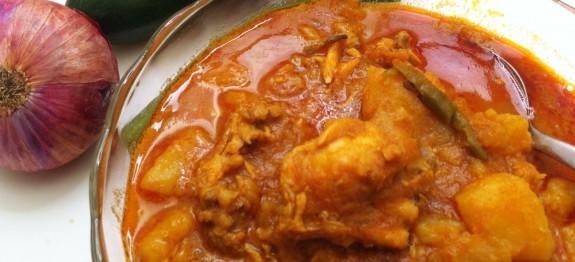 Naadan Kozhi Curry