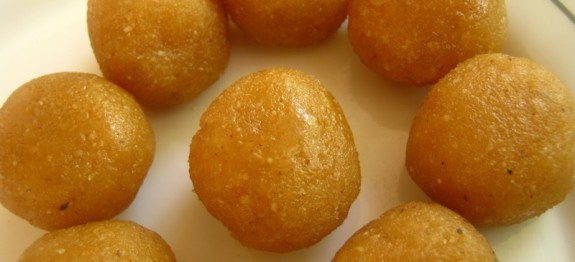 Badam and Cashewnuts Balls