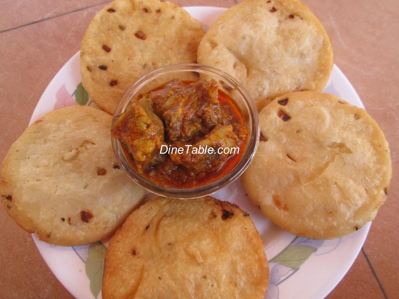 Poricha maida pathiri thattukada pathiri kerala snack recipe forumfinder Image collections