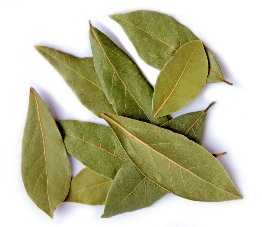 17 Best Benefits Of Bay Leaf For Skin, Hair And Health