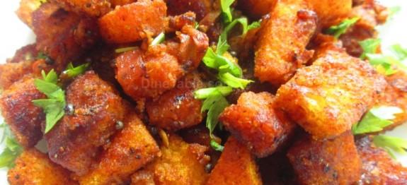 Bread upma recipe | Quick and easy vegetarian recipe | ഉപ്പുമാവ് recipe