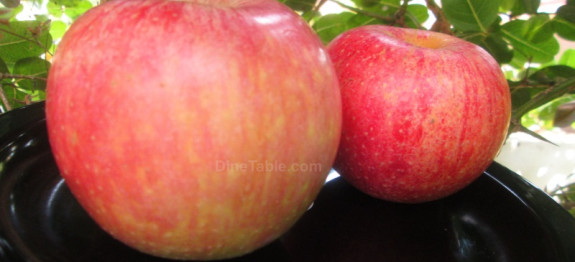 Healthy food recipe for babies with Apple