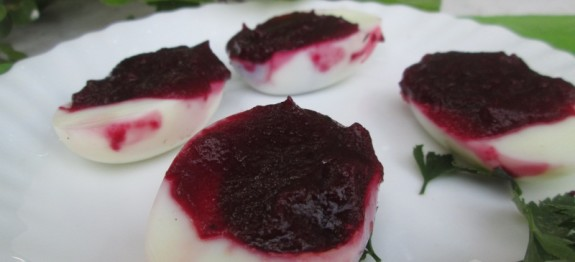 Beet Deviled Eggs Recipe | Easter Special Recipe