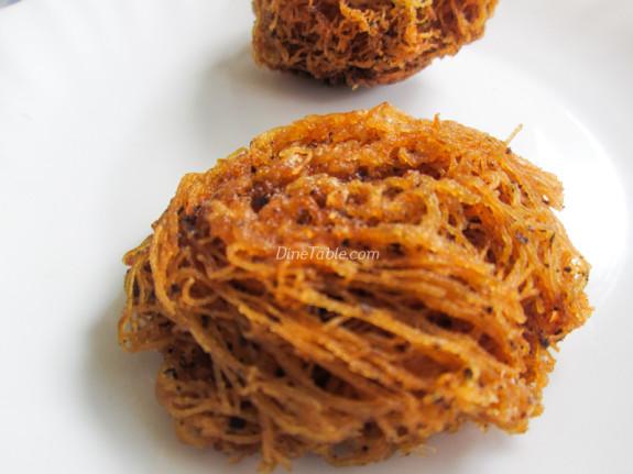 Fried Idiyappam Recipe - പൊരിച്ച ഇടിയപ്പം - Ramadan Special - Fried Snack Recipe
