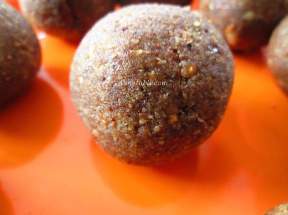 Homemade Peanut Balls Recipe | കപ്പലണ്ടി ഉണ്ട | Sweet Recipe