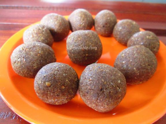 Homemade Peanut Balls Recipe | കപ്പലണ്ടി ഉണ്ട | Quick and Easy Recipe