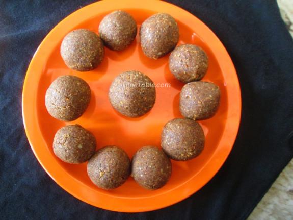 Homemade Peanut Balls Recipe | കപ്പലണ്ടി ഉണ്ട | Healthy Snack Recipe