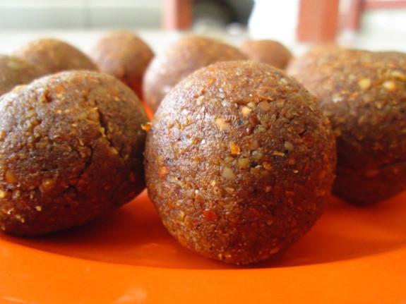 Homemade Peanut Balls Recipe | കപ്പലണ്ടി ഉണ്ട | Healthy Recipe