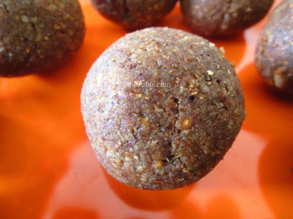 Homemade Peanut Balls Recipe | കപ്പലണ്ടി ഉണ്ട | Simple Recipe