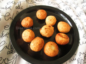 Thari unda Recipe - Fried Semolina Balls Recipe - തരി ഉണ്ട - Sanack Recipe