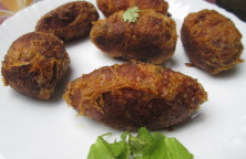 Chicken With Egg Kebab Recipe - Ramadan Snack Recipe - Non Vegetarian Recipe