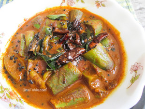 Brinjal Theeyal Recipe - വഴുതനങ്ങ തീയൽ - Brinjal in Roasted Coconut Curry Recipe