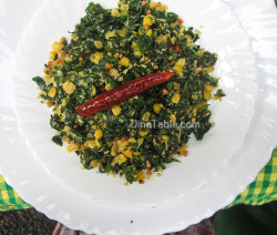 Cheera Parippu Thoran Recipe - ചീര പരിപ്പ് തോരൻ - Spinach Dal Stir Fry Recipe - Kerala Recipe