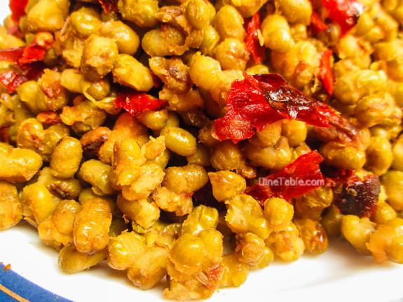 Cherupayar Ularthiyathu | Green Gram Stir Fry | Nadan Recipe