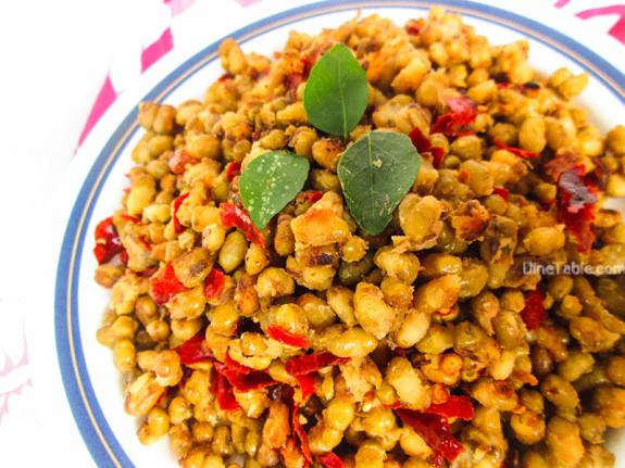 Cherupayar Ularthiyathu | Green Gram Stir Fry | Kerala Dish
