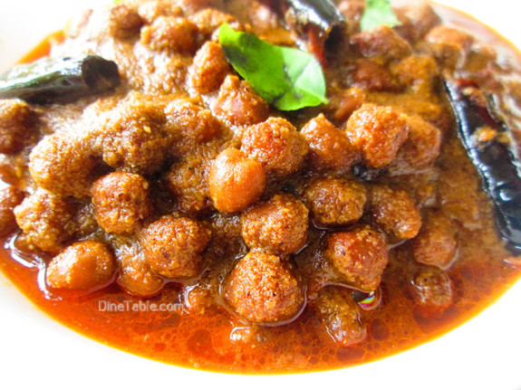 Varutharacha Kadala Curry Recipe / Chickpeas Curry / Tasty