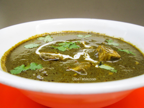 Palak Paneer Recipe - പാലക്ക് പനീർ - Easy Vegetarian Recipe