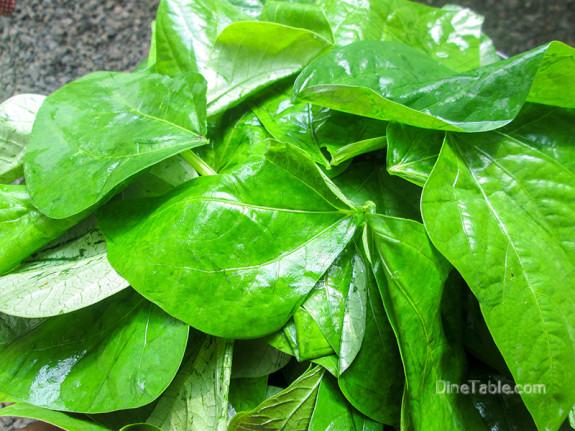 Payar Ela Thoran / Long Beans Leaves Stir Fry