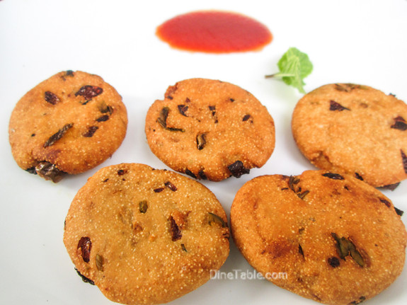 Rava Vada Recipe / Delicious Snack