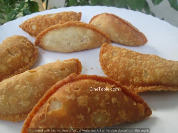 Karanji (Gujiya) / Diwali Sweet / Delicious