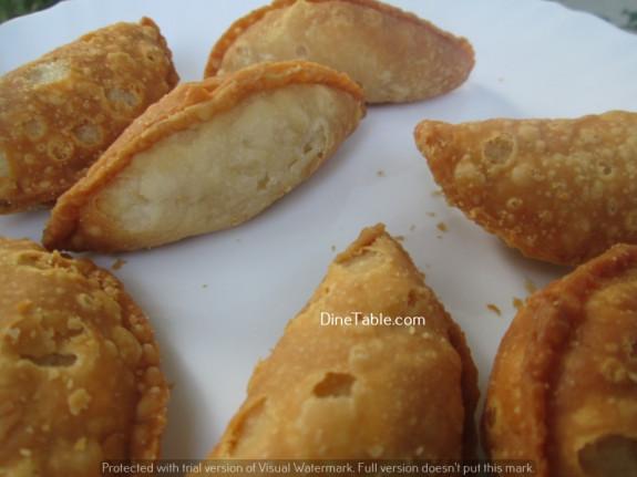 Karanji (Gujiya) / Diwali Sweet / Easy