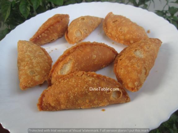 Karanji (Gujiya) / Diwali Sweet