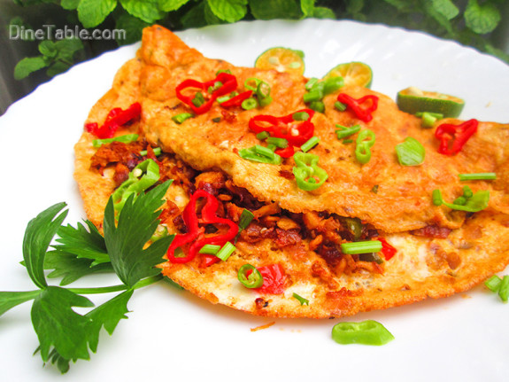 Chicken Omelette / Nonvegetarian Dish