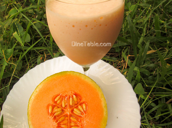 Musk Melon Milkshake / Simple Drink