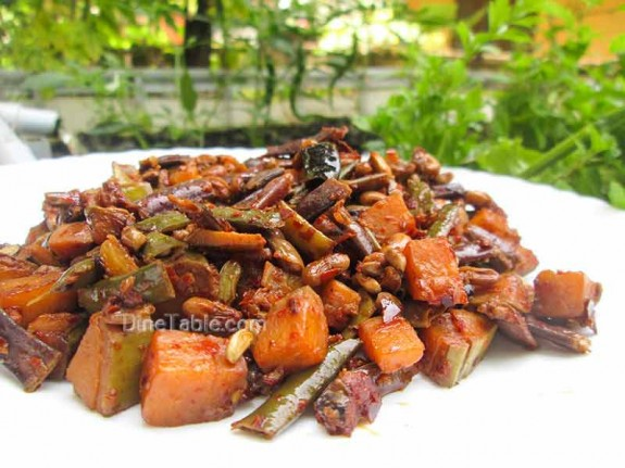 Kaya Achinga Payar Mezhukkupuratti / Side Dish