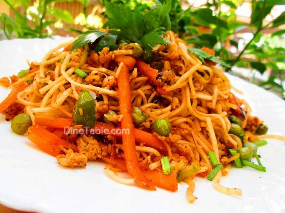 Spaghetti with Chicken and Vegetables / Kids Special Dish