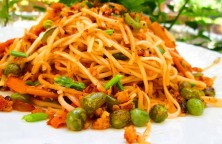 Spaghetti with Chicken and Vegetables / Delicious Recipe