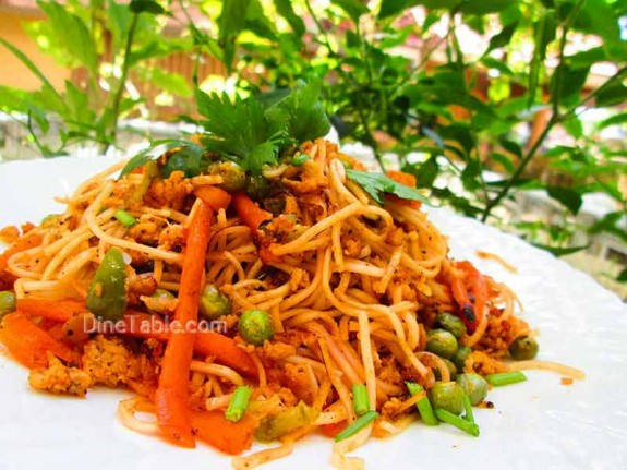 Spaghetti with Chicken and Vegetables / Yummy Recipe