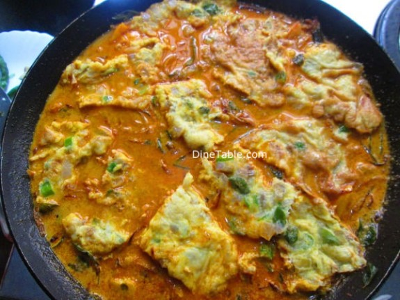 Egg Omelette Curry Recipe / Healthy Dish