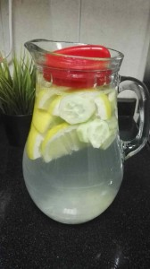Detox Water Recipe - Easy Diet Recipes - Sassy Water