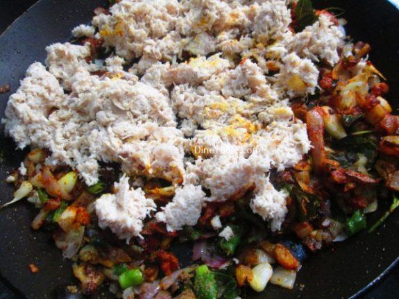 Chatti Pathiri Recipe / Spicy Snack