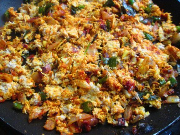Chatti Pathiri Recipe / Adukku Pathiri