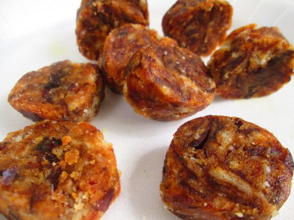 Dates Biscuit Roll Recipe / Quick Snack
