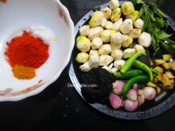 Chembu Mulakittathu Recipe / Naadan Recipe