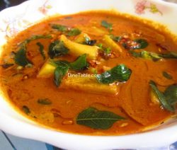 Kadachakka Varutharacha Curry Recipe / Breadfruit Curry