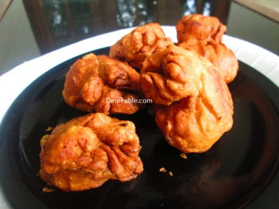 Mutta Kizhi Recipe / Stuffed Egg Snack