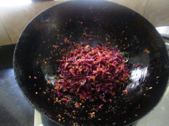 Purple Cabbage Thoran Recipe / Healthy Thoran